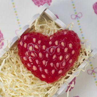 Клубничное сердце (pc) - пластиковая форма